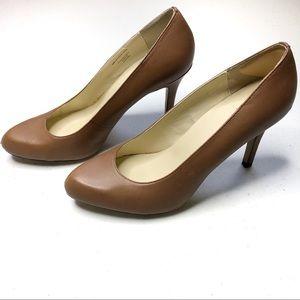 Maxstudio Beige/Brown Heels size 6.5M